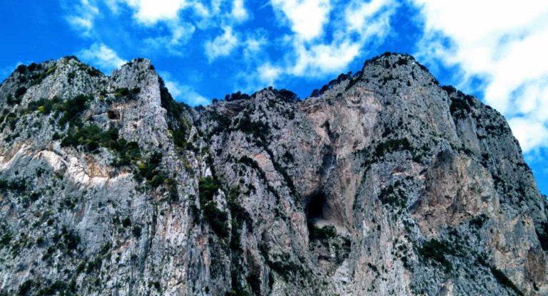 elemento terra falésias em Capri